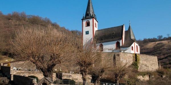 Wahrzeichen von Hatzenport: Die katholische Kirche St. Johannes
