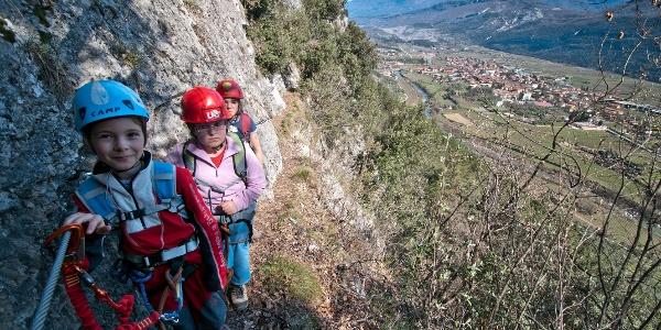 Sentiero degli Scaloni, Ausblick auf dem Sarcatal