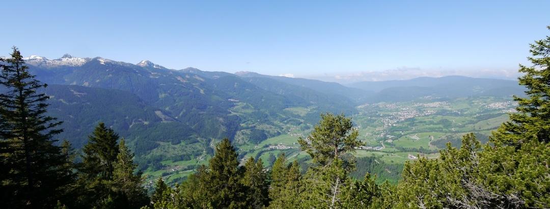 Ausblick beim Aufstieg über das Val di Fiemme