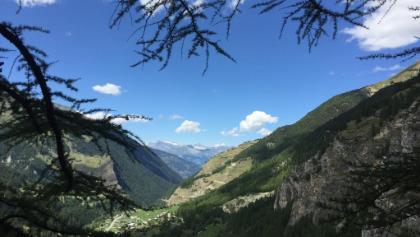 Aussicht vom Ende des Klettersteigs Richtung Rhonetal