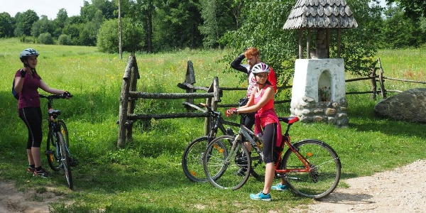 Křižovatka cesta u usedlosti Jeglówek