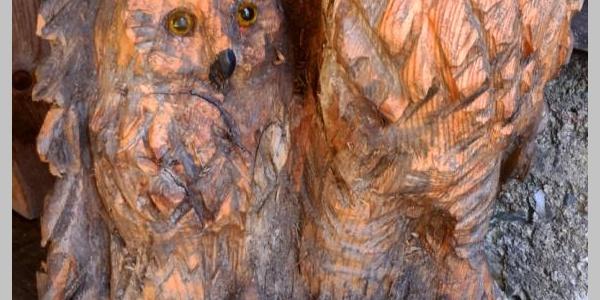 Liebevoll hergestellte Holzfiguren der ÖTK-Sektion Neunkirchen