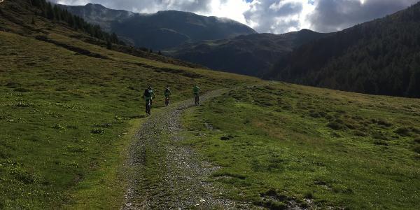 Anstieg zum Kniebergsattel (Passo Silvella)
