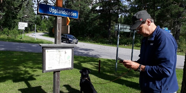 Information sign by the parking lot in Älvkarleby