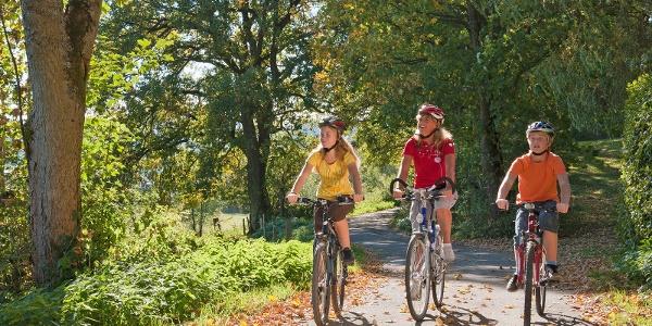 Fahrrad fahren auf der Kinderland Trekking-Radroute