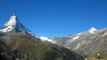 Grosse Kulisse mit Matterhorn.