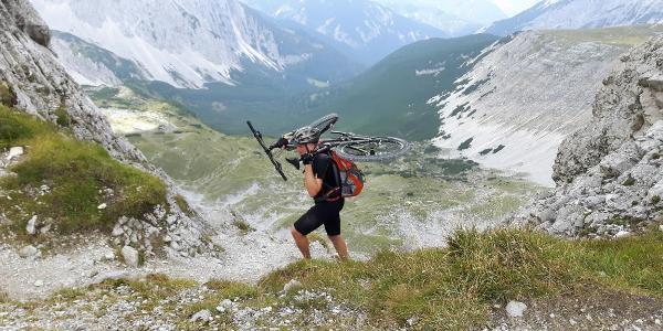 saddle between Mandlspitze and Gleirschtaler Brandjoch