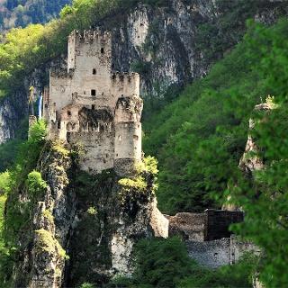 Haderburg Castle