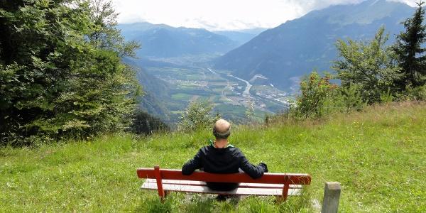 Ausblick von der Mittagsplatte ins Churer Rheintal
