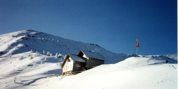 Goldeckhütte im Winter