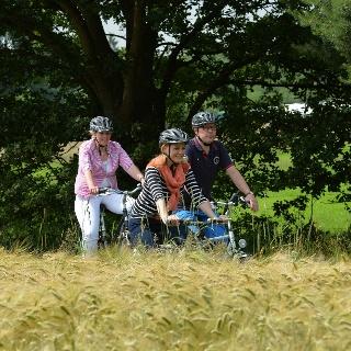 Radfahrer auf der Mühlentour