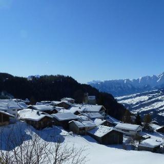 Feldis Dorf
