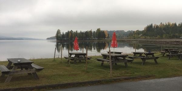 Hennans Camping en tidig morgon