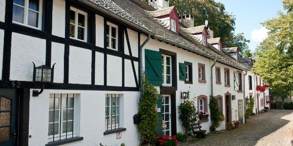 Vulkaneifel-Pfad: Schneifel-Pfad_Kronenburg - mittelalterliches Kleinod in der Eifel