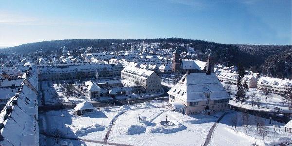 Verschneiter Marktplatz