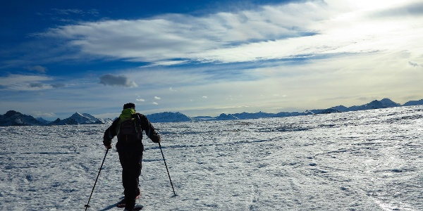 Am Ende des Skilifts mit Blick auf die Berner Alpen.