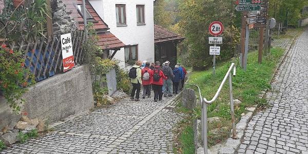 Abstieg ins Perlbachtal