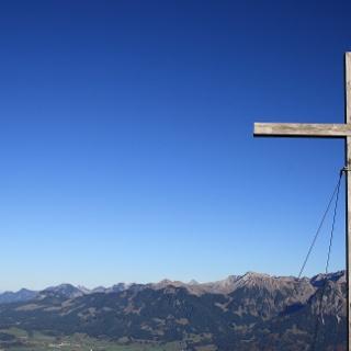 Gipfelkreuz Besler