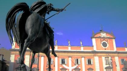 Piazza dei Cavalli à Piacenza