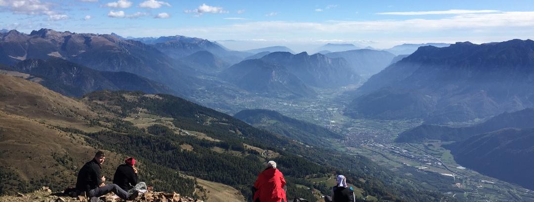 Ausblick vom Monte Fravort ins Valsugana-Tal