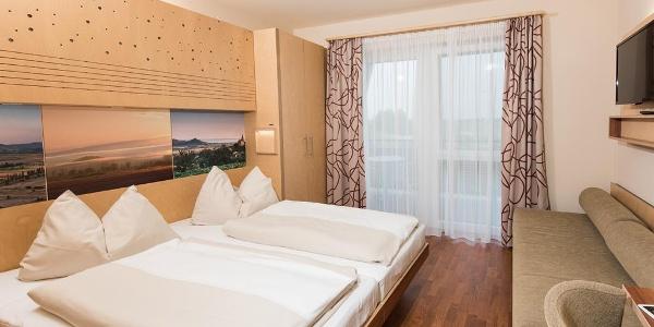 A JUFA Vulkán Fürdő Resort (hotel és kemping)