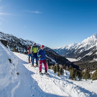 Snowshoe hike in the Antholzertal / Valle Anterselva valley