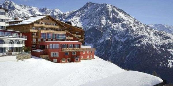 Aussenansicht Hotel Alpenfriede