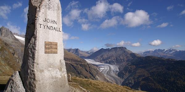 Tyndall-Denkmal.