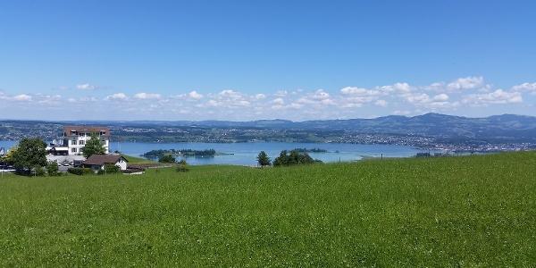 Luegeten über dem Zürichsee
