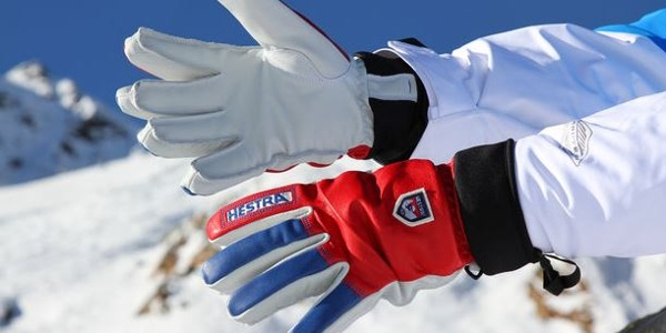 Handschuhe, Mützen usw