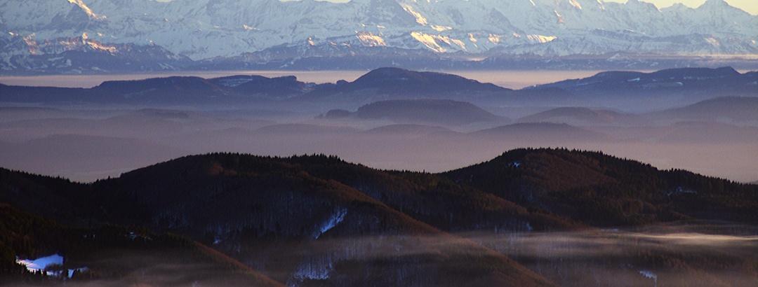 Herbstlicher Alpenblick vom Belchen