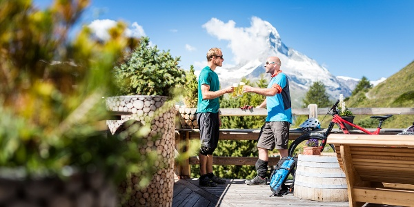 Stopover in one of the different mountain restaurants