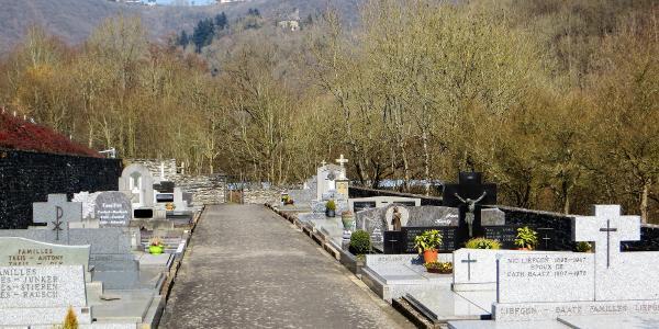Bivels, Friedhof