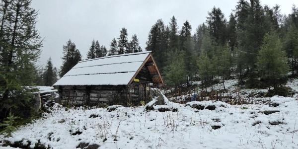 Luckerhütte im Schnee
