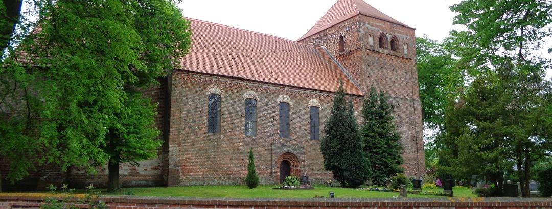 Nikolauskirche in Berge (Mai 2017)