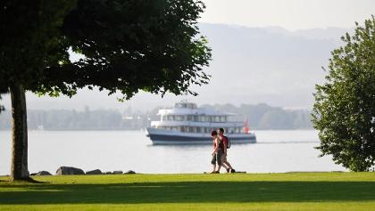 Entlang des Bodensees sind auch Kombinationen mit der Schifffahrt möglich.