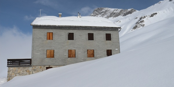 Neue Thüringer Hütte im Winter