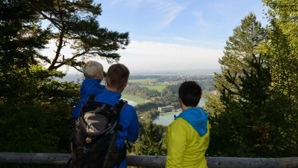 Aussichtspunkt Kalvarienberg auf Lech und Schongau