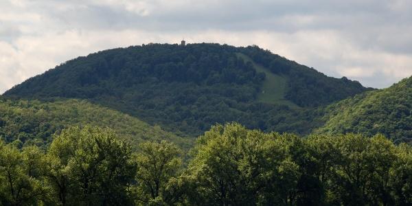 A Zsitvay-kilátó a Nagy-villám tetején