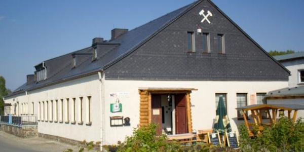 "Museum und ""Sauberg Klause"""