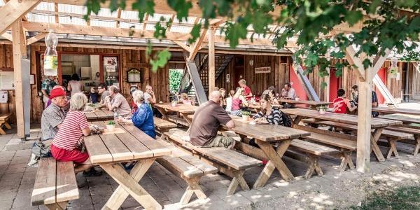 Biergarten am HöhlenHaus
