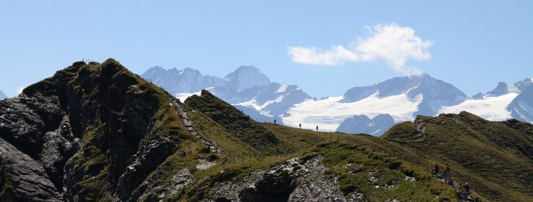 Das Balmeregghorn ist ein spektakulärer Aussichtspunkt