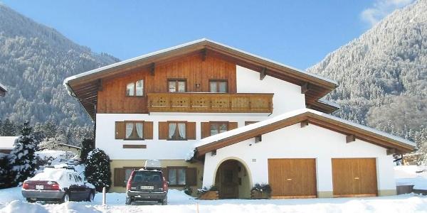 Haus winter unten