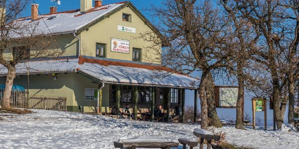 A Czibulka János menedékház
