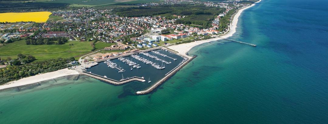 Kühlungsborner Hafen und Strandpromenade