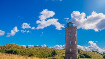 Der Peilturm mit Glaskuppel am Kap Arkona bietet einen unvergesslichen Ausblick auf die weite der Ostsee