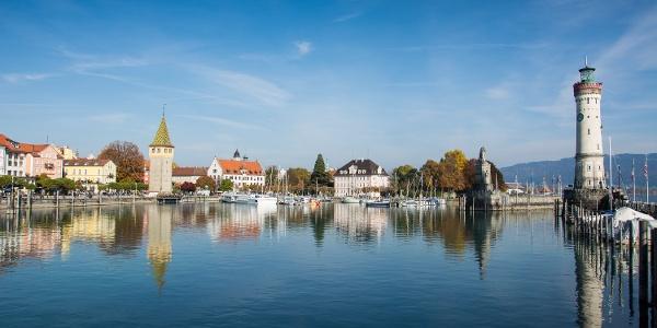 Leuchtturm und Hafen von Lindau
