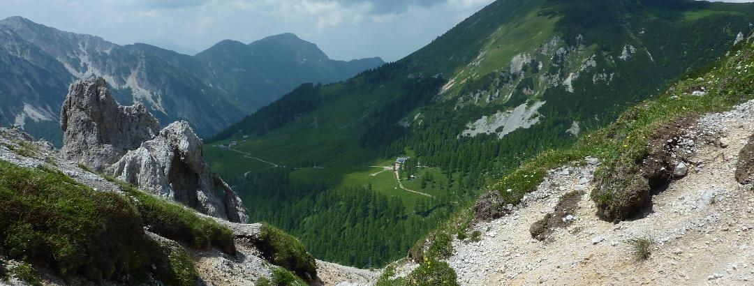 Am Bielschitzasattel mit Blick auf die Klagenfurter Hütte