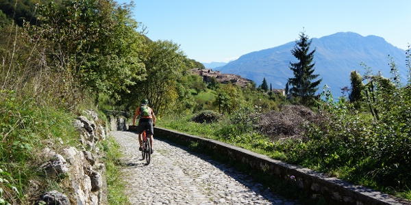 The pavement of the old road towards Canale di Tenno