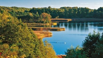 Der Schaalsee geht nicht nur in die Breite, sondern auch mehr als jeder andere See des Landes in die Tiefe